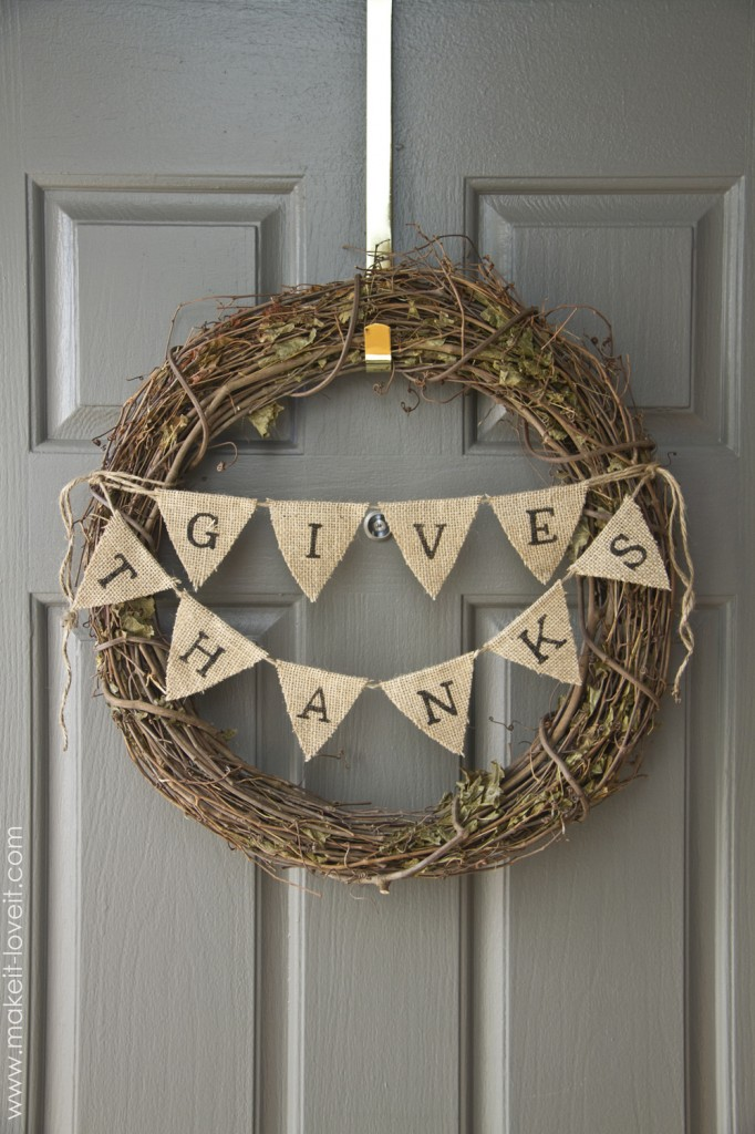 give-thanks-bunting-wreath