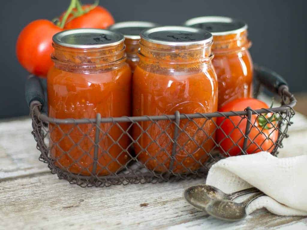 Fresh tomato soup in pint jars for how to can soup