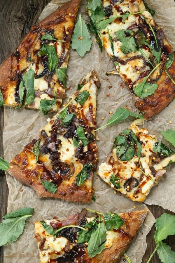 caramelized onions kale goat pizza