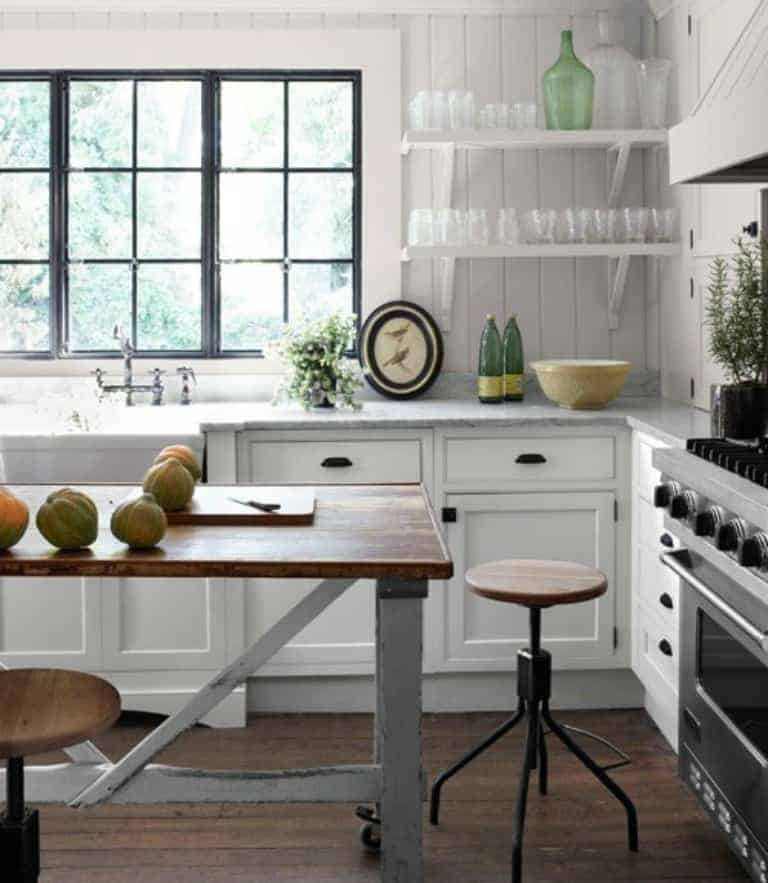 open farmhouse kitchen shelving