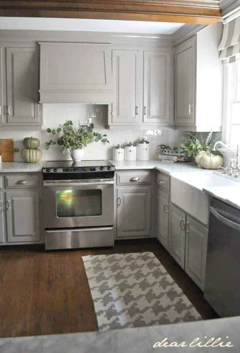 Kitchen rug ideas 2016 intentional hospitality for Black white and gray kitchen design