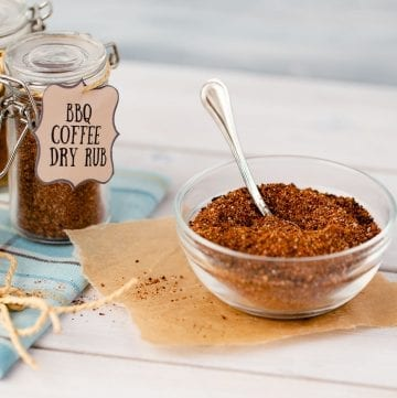 bbq coffee dry rub in a bowl and jar