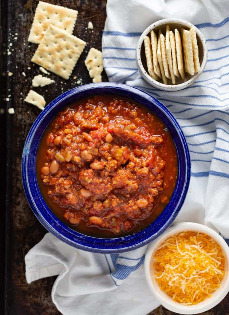 Copycat Wendy's Chili in a bowl with crackers