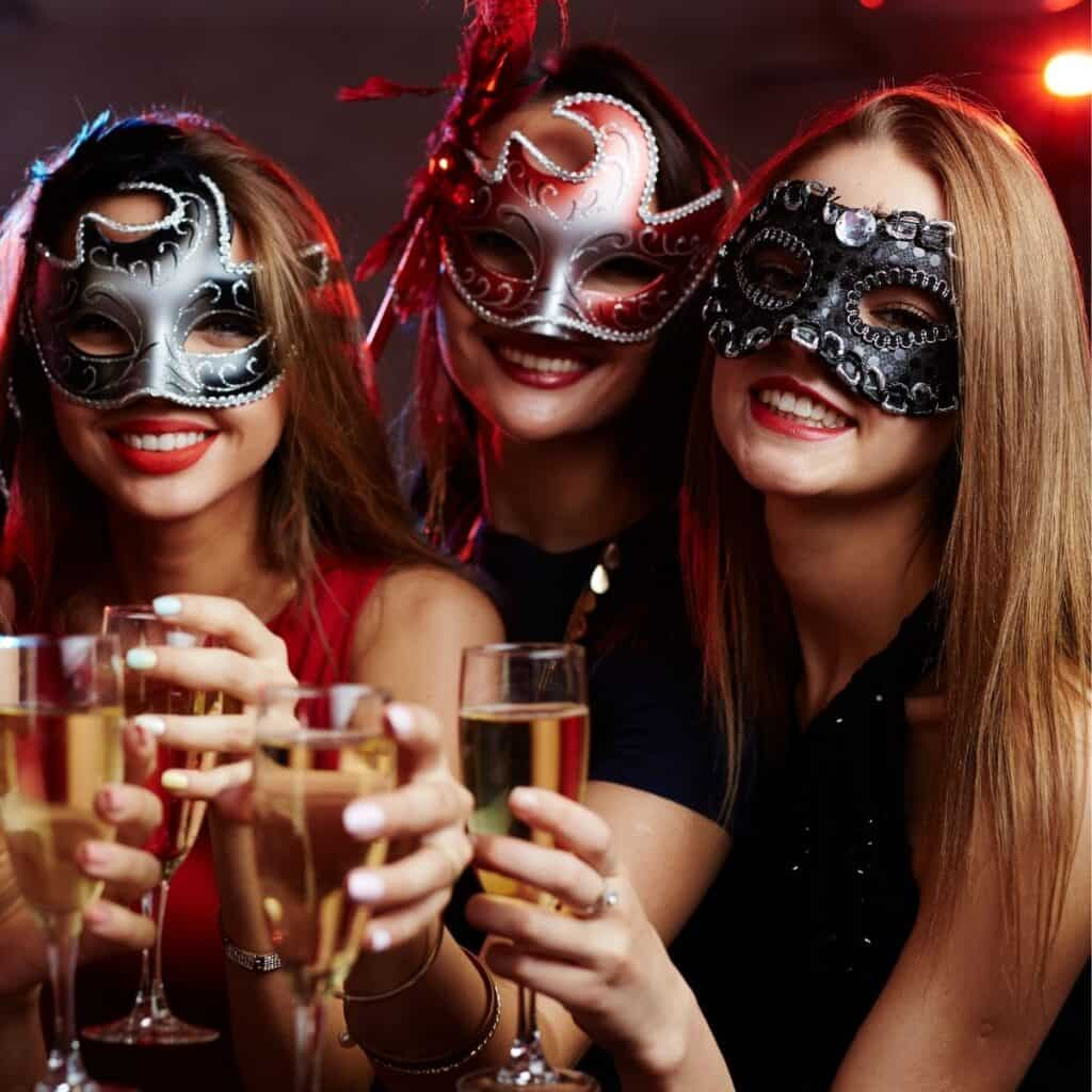 Best Dress Up Party Themes For Adults ladies with masks