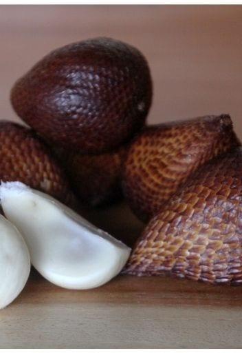 Asian Fruit - snake fruit