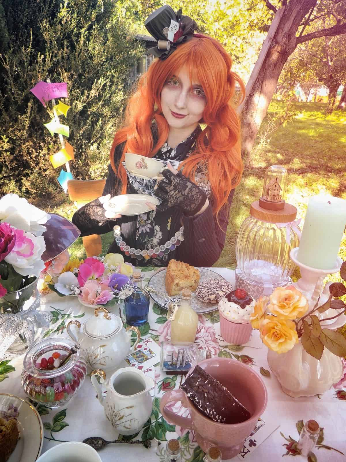 alice in wonderland with tea